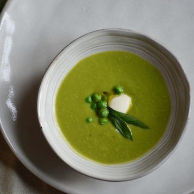 simple-vegan-green-pea-soup