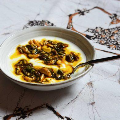 turmeric-breakfast-nut-medley