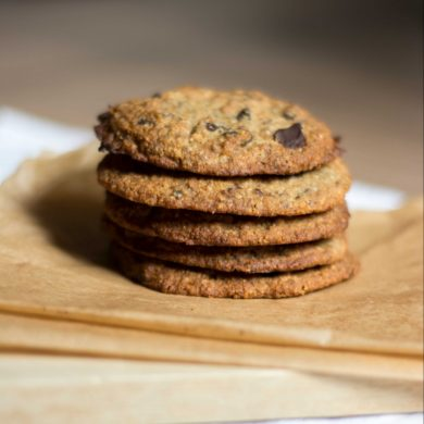 chewy-moist-flour-free-chocolate-chip-cookies-vegan